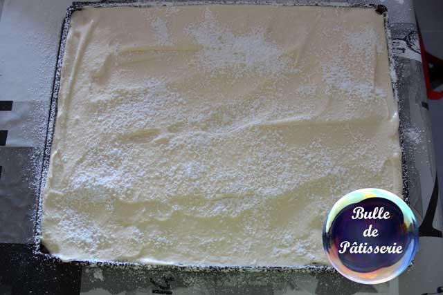 Tiramisu café-caramel : réalisation du biscuit cuillère