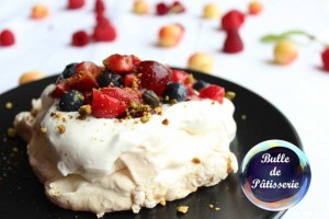 Pavlovas aux fruits rouges