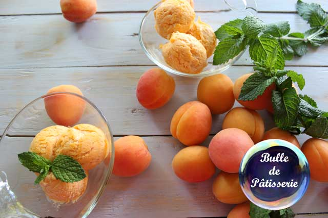 Dessert : glace abricot façon italienne