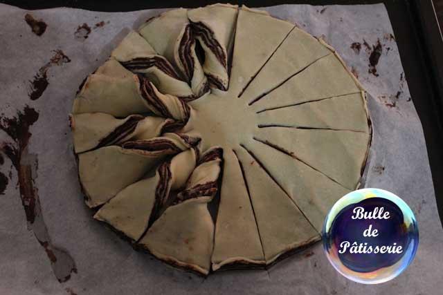 Brioche flocon de neige au chocolat : à la moitié des torsades