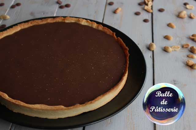 Pâtisserie : la tarte caramel-cacahuètes-chocolat