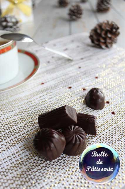 Recette de Noël : chocolats fourrés à la ganache caramel