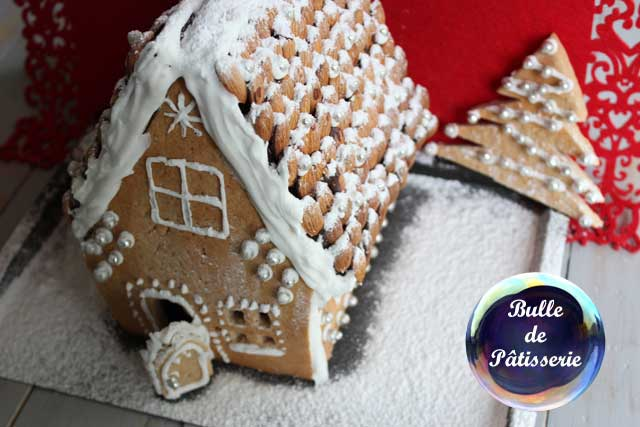 Pâtisserie de Noël : maison en pain d'épices