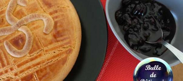 Recette : gâteau basque à la confiture de cerises noires