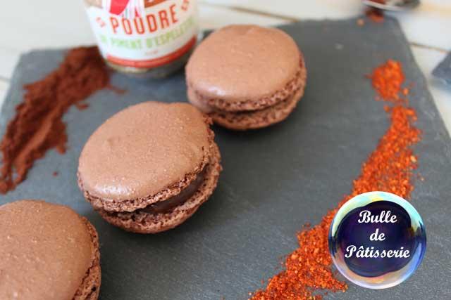 Recette : macarons chocolat noir-piment d'espelette
