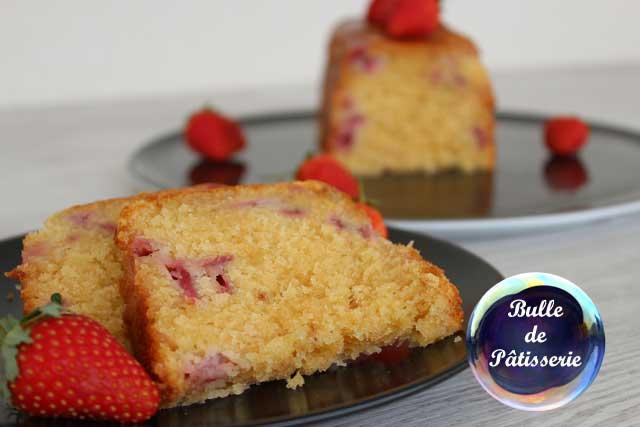 Recette estivale : cake Fraises-Chocolat blanc