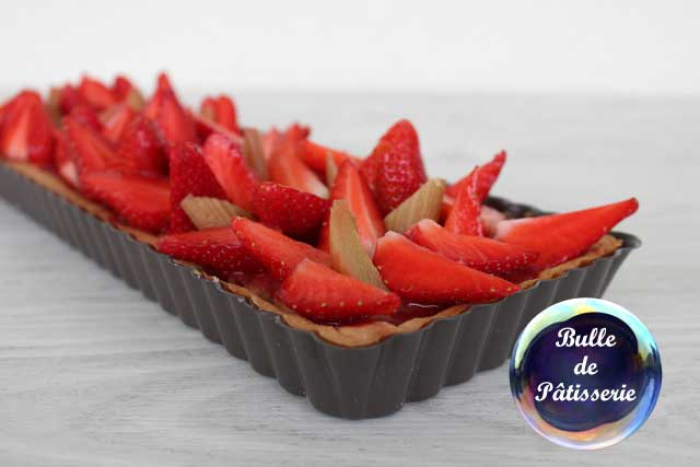 Recette estivale : tarte fraises-rhubarbe