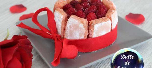 Dessert rose : charlotte aux framboises et biscuits roses de Reims