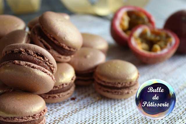 Macarons Ganache Chocolat-Passion et insert passion