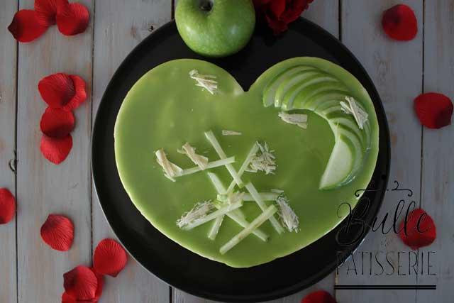 Dessert de St Valentin : Entremets Coeur Pomme Verte - Noisette