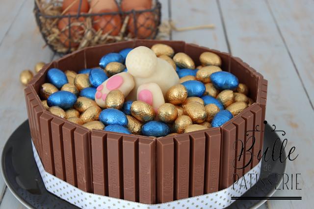 Layer Cake de Pâques Chocolat Blanc-Myrtilles