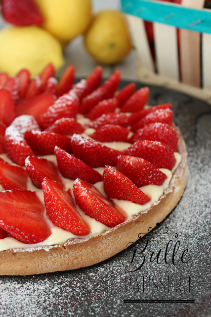 tarte fraises et cr me citron recette de dessert facile. Black Bedroom Furniture Sets. Home Design Ideas