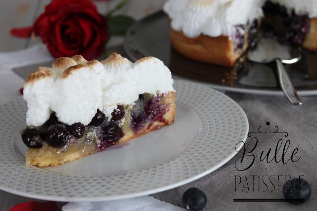 Dessert fruitée : tarte aux myrtilles meringuée