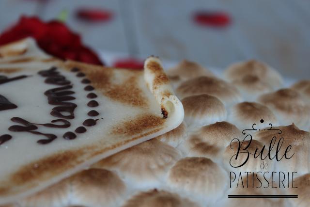 Pâtisserie : parchemin en pâte d'amande