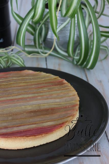 Tarte à la rhubarbe sublimée par P. Conticini