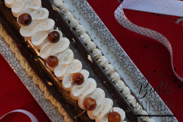 Dessert gourmand de Noël : bûche Fruits de la Passion - Chocolat au lait