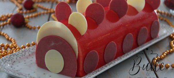 Dessert de Noël : bûche Vanille - Fruits Rouges
