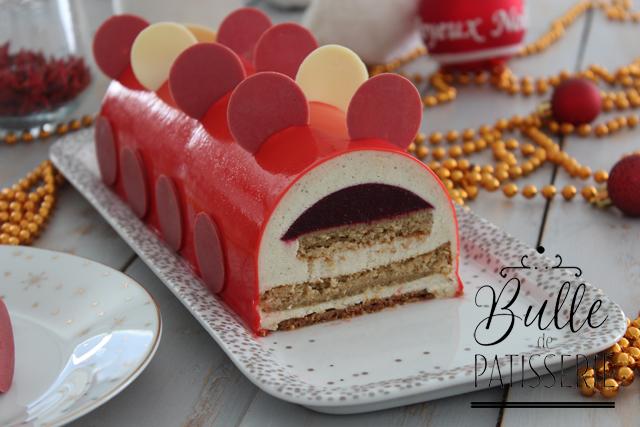 Recette de Noël : bûche Vanille - Fruits Rouges