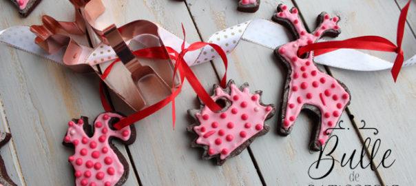 Gâteaux de Noël à faire avec les enfants : sablés à accrocher choco-tonka