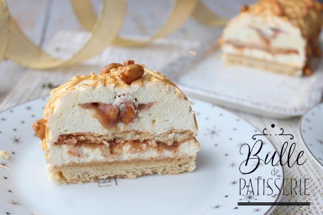 Bûche de Noël Cacahuètes-Caramel-Vanille