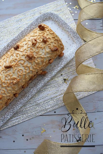 Dessert de Noël : bûche Vanille-Caramel-Cacahuètes