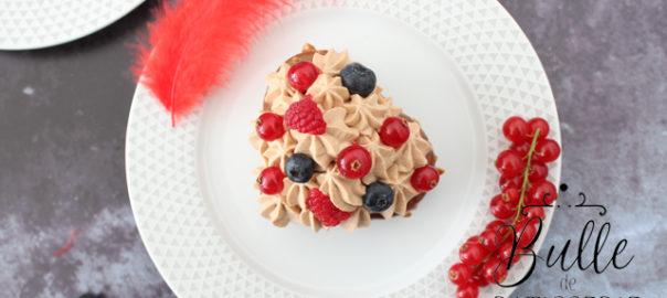 Dessert de la St Valentin : brownie, glaçage rocher, insert fruits rouges et ganache montée chocolat