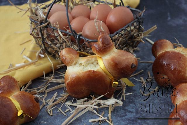 Brioches en forme de lapins pour Pâques