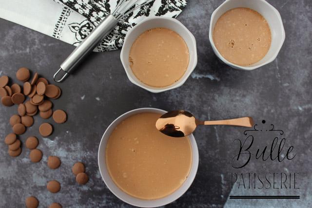 Dessert maison facile et rapide : la panna cotta au chocolat au lait