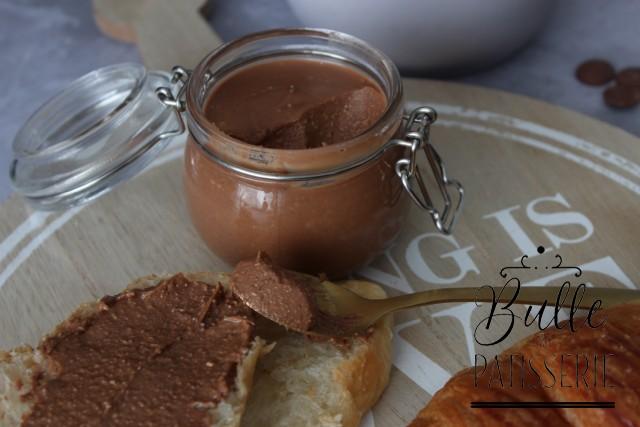 Recette du Nutella Maison Noisettes & Chocolat au lait