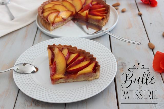 Recette simple et originale : tarte nectarine, gelée de coquelicots et crème d'amandes