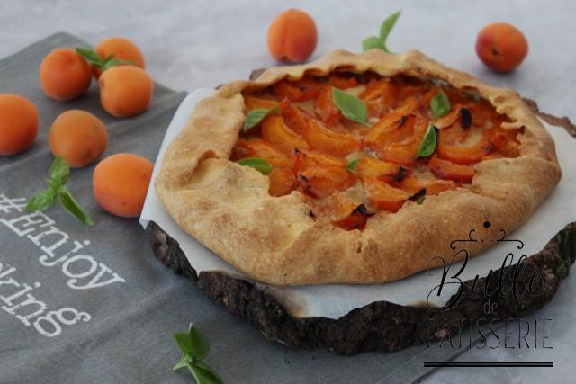 Recette de la tarte rustique originale : Abricot-Basilic