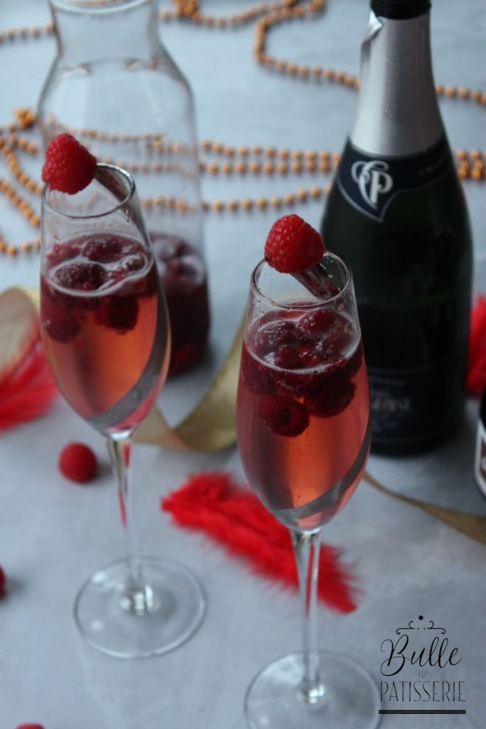 Cocktail de fêtes : soupe de champagne aux framboises