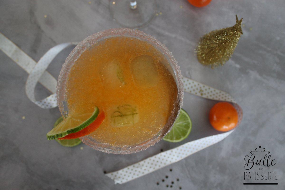 Cocktail pétillant de Noël sans alcool : mocktail à la clémentine