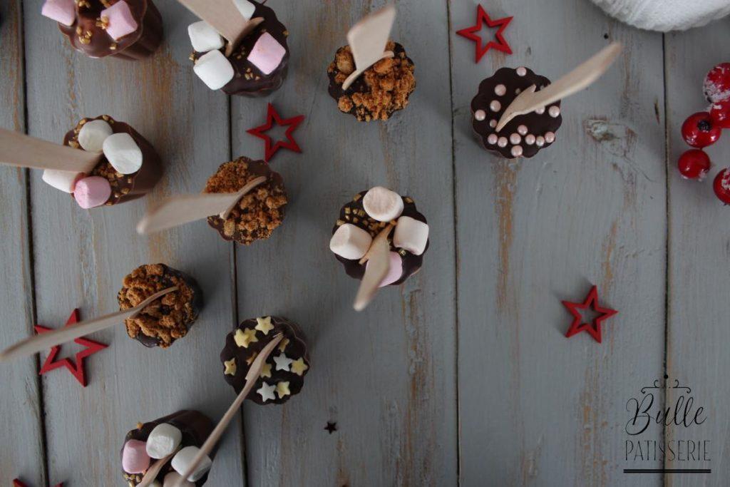Cuillères pour chocolat chaud : spéculoos, chamallows, natures noir & lait