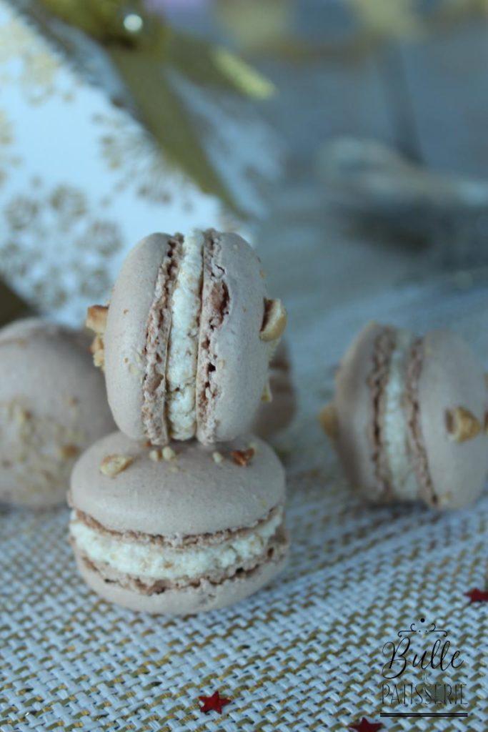 Macarons à la ganache montée praliné et noisette de praliné pur