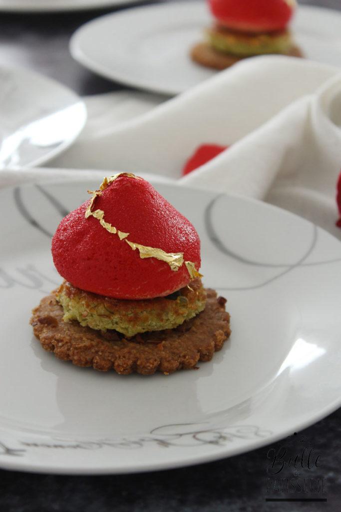 Dessert pour la St Valentin : entremets Framboise-Rose