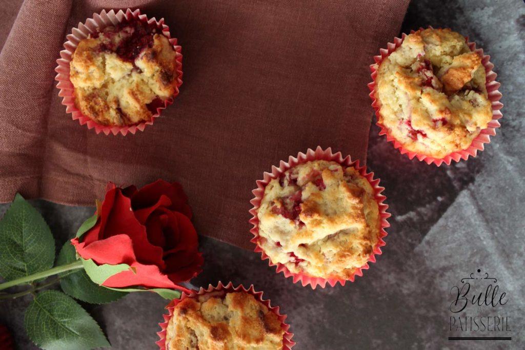 Recette de muffins : saveur chocolat blanc-framboises