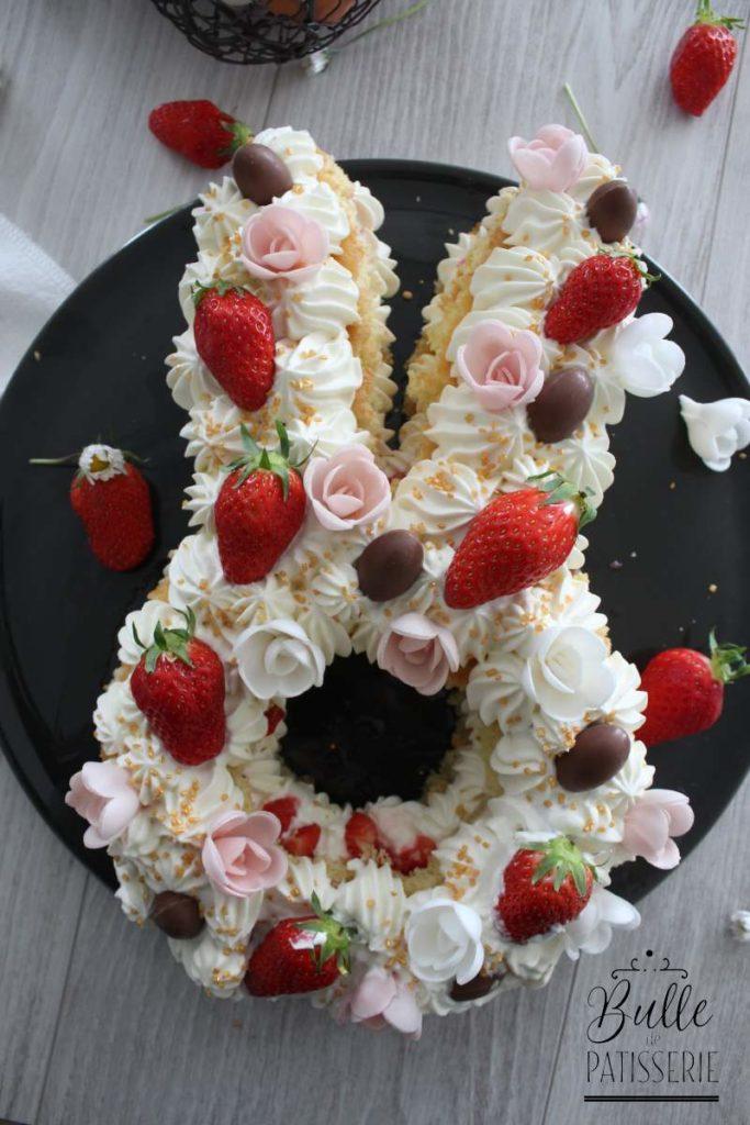 Gâteau de Pâques : Bunny Cake Fraise-Chocolat blanc