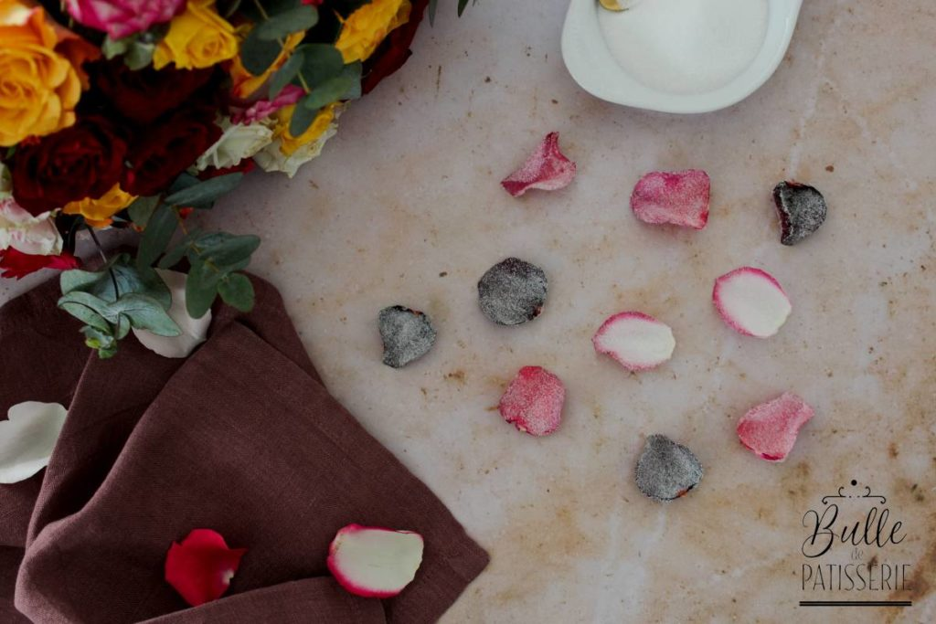 Recette : cristalliser des pétales de rose