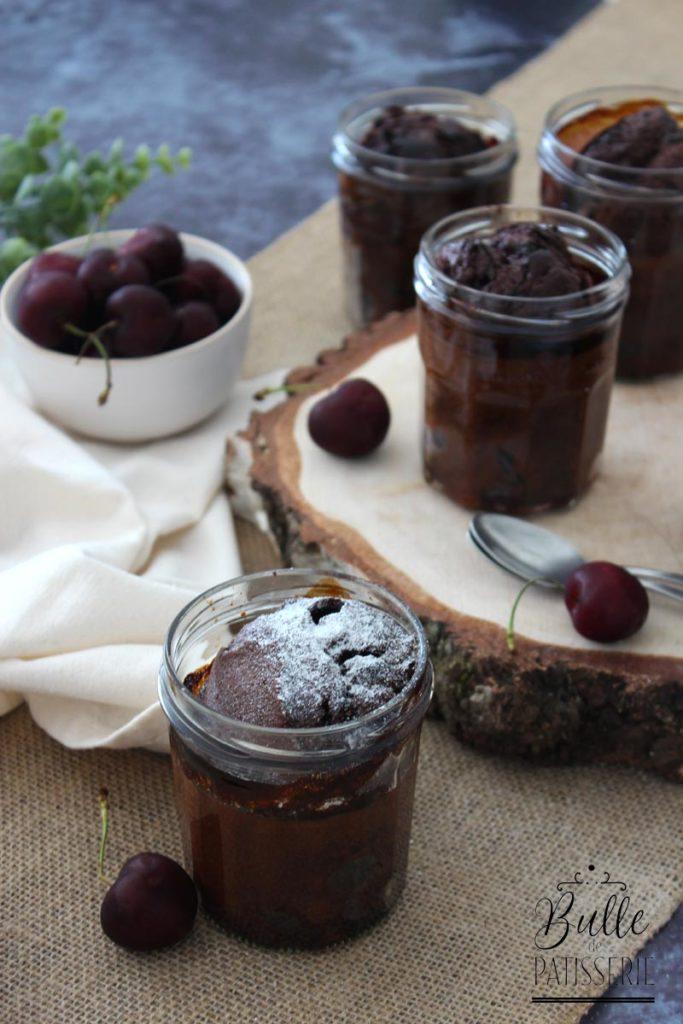 Clafoutis maison facile au chocolat et à la cerise
