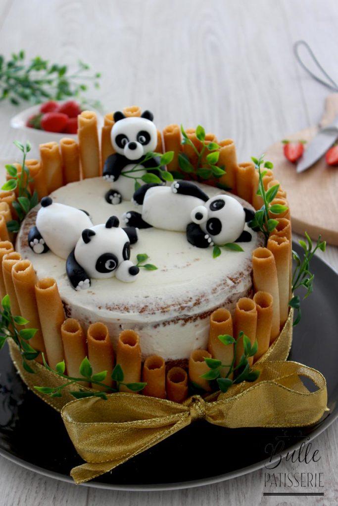 Recette d'anniversaire enfant : chiffon cake fraise-rhubarbe