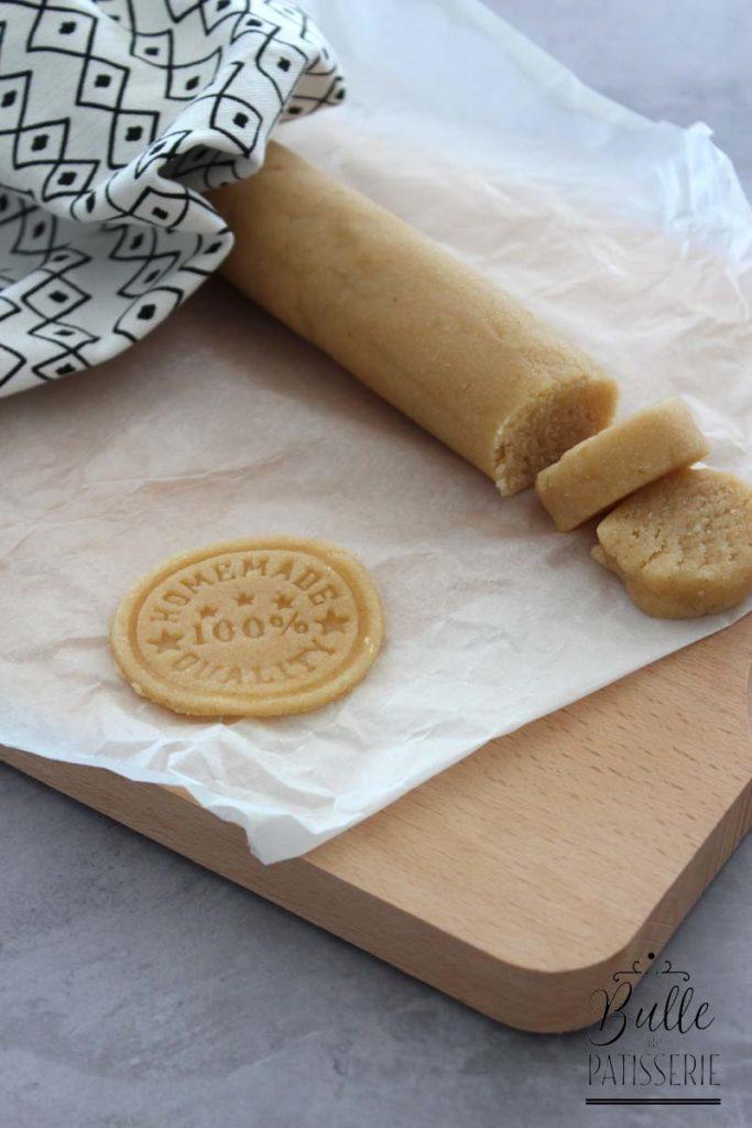 Recette facile et express : la pâte d'amande (avec blanc d'œuf)