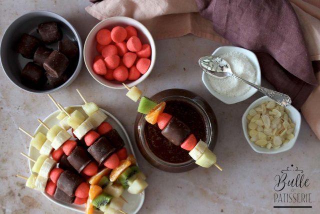 Fondue au Chocolat et brochettes gourmandes