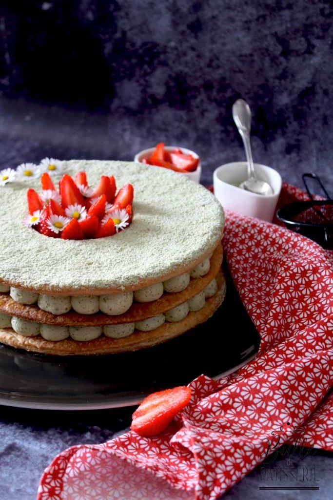 Dessert gourmand : millefeuille fraises et au thé matcha